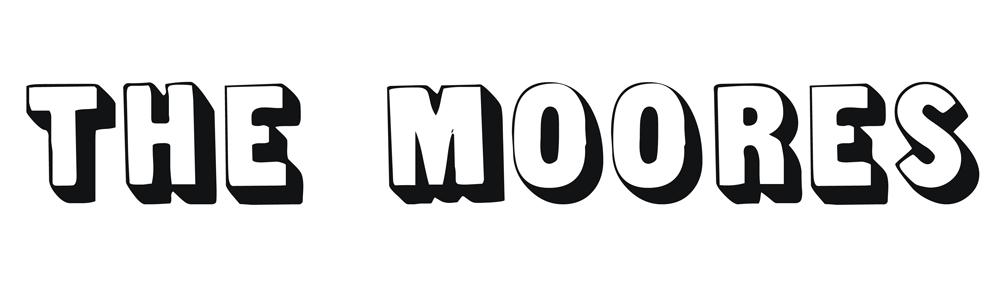 Leah Moore | Coffs Harbour Family Portrait Photographer logo